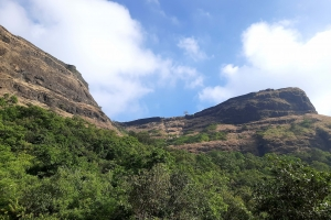 Backyard Trails - Visapur fort