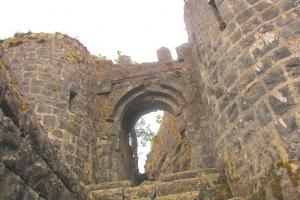 Backyard Trails Tikona Fort